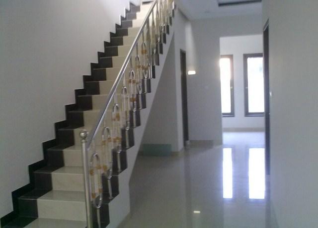 Gambar Keramik Tangga Minimalis | 16 desain tangga dan railing tangga untuk rumah minimalis | Model Tangga dan Railing Tangga Rumah Minimalis