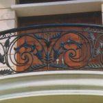 Gambar Teralis Balkon Minimalis | Foto Balkon Kaca Rumah 2 Lantai