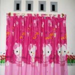 Gorden Motif Kartun Hello Kitty