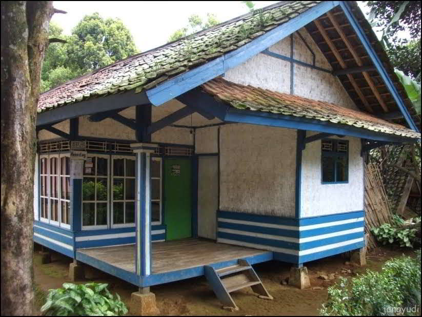 Contoh Rumah Semi Panggung Sederhana | Sketsa Rumah Panggung Minimalis