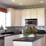 Keramik Dinding Dapur Berpola